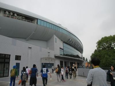 博多駅からレベルファイブスタジアムの行き方