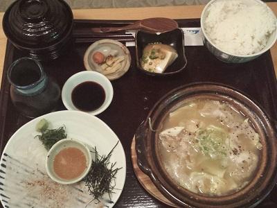 博多弁天堂の鯛茶漬けと炊き餃子