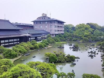 柳川の御花の庭園
