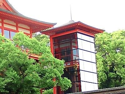 祐徳稲荷神社のエレベーター