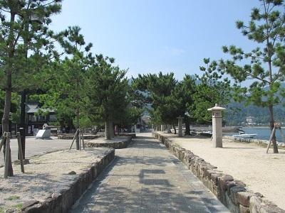 宮島桟橋前広場の観光