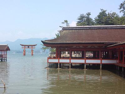 厳島神社の満潮時間帯