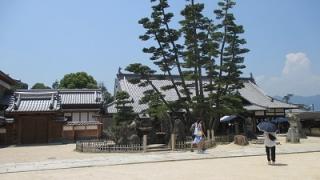 宮島日帰り観光モデルコースのの大願寺と厳島弁財天