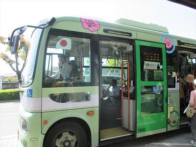 太宰府駅から竈門神社までのバスまほろば号