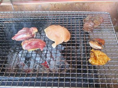 炭焼き地鶏 山蔵の地鶏焼き