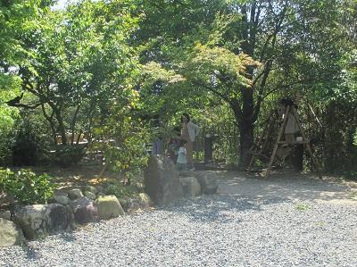 太宰府竈門神社近くの炭火地鶏山蔵の庭