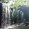 熊本の鍋ケ滝は滝の裏側を歩ける人気の観光名所