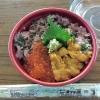 唐戸市場でランチは海鮮丼