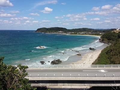 角島大橋の展望台からの海辺