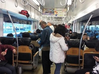 佐賀バルーンフェスタへの電車の混雑 鳥栖駅