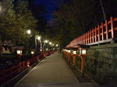 八坂神社の北側の灯ろう