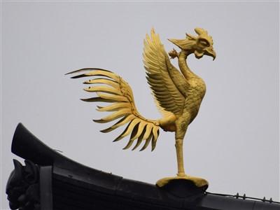 鳳凰堂の屋根の上の鳳凰